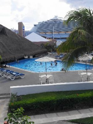 Casa Del Mar Pool 2014-06-15 01